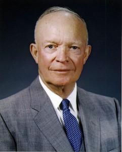 VTT9 Dwight_D__Eisenhower,_official_photo_portrait,_May_29,_1959