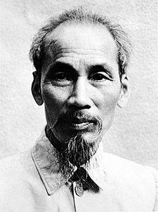 VTT 38 Ho_Chi_Minh_1946_cropped
