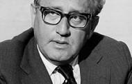 Henry Kissinger: Việt Nam Hấp Hối  (bài một)