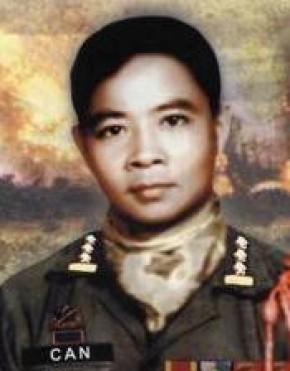 Đại tá VNCH Hồ Ngọc Cẩn nói lời cuối cùng trước khi bị Cộng Sản hành hình