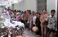 Sài gòn Ngày Nay: Kẻ ăn Không Hết, Người Lần Không Ra ---  Ấm Bụng Bữa Cơm 2.000 Đồng Giữa Sài Gòn