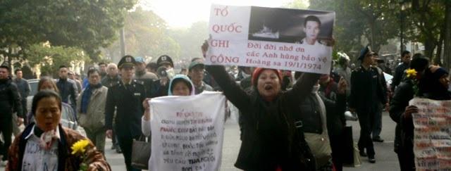 2014 JAN 19  40 năm Hải chiến Hoàng Sa tại Hà Nội.640