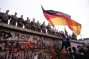 2014 JUNE 10 BERLIN WALL 300
