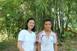 2014 AUG 5 Anh Thào Văn Hồng, con trai ông Mua.jpg300
