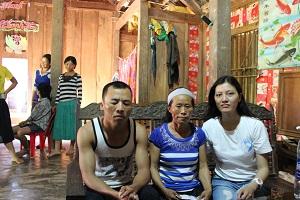 2014 AUG 5 Gia đình ông Hoàng Văn Sang.jpg300