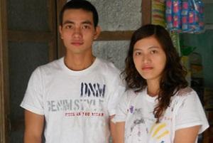 2014 SEP 6 Blogger Huỳnh Trọng Hiếu (trái) và chị gái là blogger Huỳnh Thục Vy, ảnh chụp trước đây