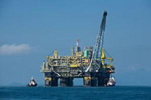 2015 MAR 21 220px-Oil_platform_P-51_(Brazil)