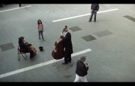 VIDEO: A Little Girl Gives Coins To A Street Musician And Gets The Best Surprise In Return