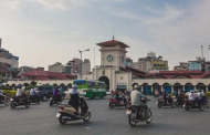 Sự Khác Biệt Giữa Chợ Bến Thành, Sài Gòn Và Chợ Đồng Xuân, Hà Nội ...Ghé Bến Thành, chợt nhớ Đồng Xuân mà...chạnh lòng!
