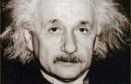 ALBERT EINSTEIN (1879 - 1955) Vĩ Nhân Thứ Tám