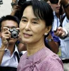 Aung San Suu Kyi: Cuộc Tranh Đấu Cho Dân Chủ Tự Do của Miến Điện