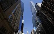 Dân Trung Quốc ồ ạt Chuyển Tiền Ra Nước Ngoài --- Các nhà đầu tư Trung Quốc đang chế ngự thị trường đất đai và cao ốc.